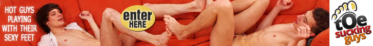 Toe Sucking Guys - Tyler Fox and Rudy Valentino Foot Worship