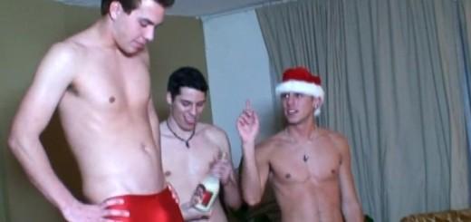 Calvin, Cj James And Hayden In Santas Helpers